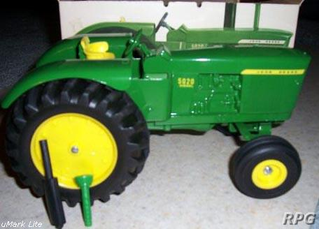 Standard Catalog of Farm Toys: Identification and Price ...