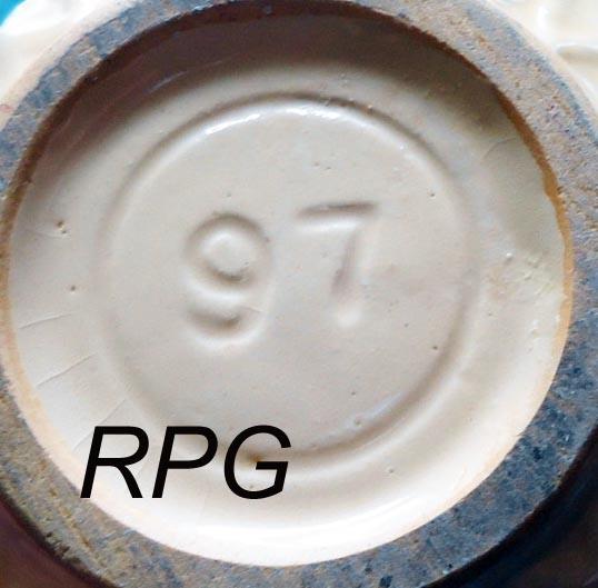 Pottery marks and signatures, roseville, hull, watt