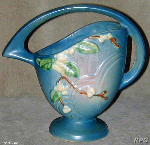 Roseville Pottery Snowberry Pattern Numbers Pattern Values And Images